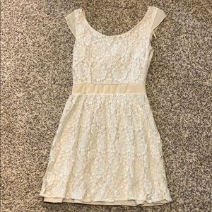 Pretty cream colored lace dress